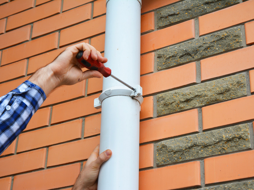 3 common causes of gutter damage